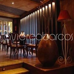 MANUEL MARÍA . café: Bares y Clubs de estilo  de JAVIER CABARCOS