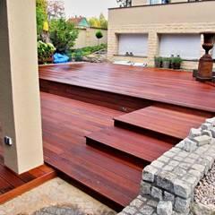 Taras drewniany przy basenie: styl , w kategorii Taras zaprojektowany przez Tarasy-drewniane- Dorota Maciejewska