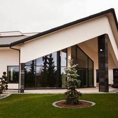 Rezydencja Orzech : styl , w kategorii Domy zaprojektowany przez tomasz czajkowski pracownia