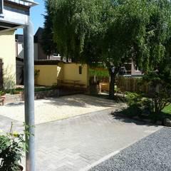 Jardines de estilo  por Architekt Dipl.Ing. Udo J. Schmühl , Clásico