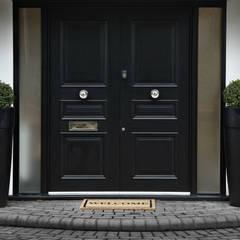 Puertas y ventanas de estilo  por Boscolo