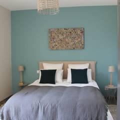 Hoteles de estilo  por Kactus Home Creation