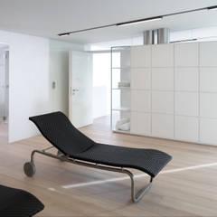edificio unifamiliare  PF: Spa in stile  di Burnazzi  Feltrin  Architects