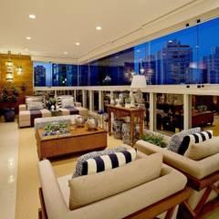 Terrazas de estilo  por Mariane e Marilda Baptista - Arquitetura & Interiores