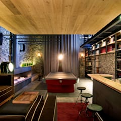 Wine cellar by Weber Arquitectos, Eclectic