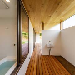 haus-turf: 一級建築士事務所hausが手掛けた浴室です。