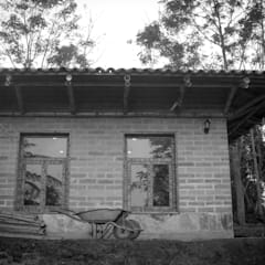 Montessori Tosepan 14:  Schulen von Komoni_Arquitectos