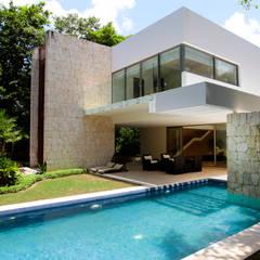 استخر توسطEnrique Cabrera Arquitecto, مدرن