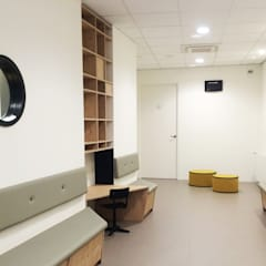 wachtkamer:  Gezondheidscentra door You surround You