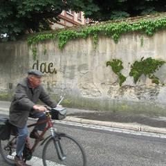 Panète verte: Murs de style  par Mousse Graffiti