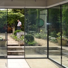 Herschel Museum:  Doors by Hetreed Ross Architects, Modern