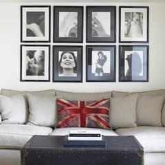 Sofa design, Richmond Place, London:  Living room by Concept Interior Design & Decoration Ltd