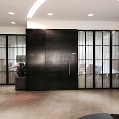 Puertas de vidrio de estilo  por Work House Collection, Industrial