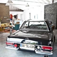 Haus Trittau: skandinavische Garage & Schuppen von raphaeldesign