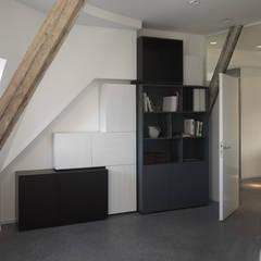 Wohnturm:  Multimedia-Raum von atelierschiefer GmbH