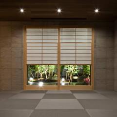 AH2: 依田英和建築設計舎が手掛けた和室です。,モダン
