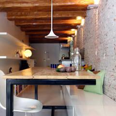 Loft Amsterdam:  Eetkamer door De Ontwerpdivisie