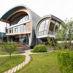 Sailor House: Окна в . Автор – NEWOOD - Современные деревянные дома, Эклектичный