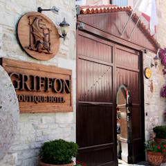 Windows by Griffon Boutique Hotel, Country