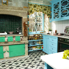Kitchen by LOLA 38 Hotel