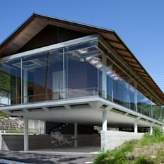 industrial Houses by H2O設計室 ( H2O Architectural design office )