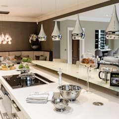 Kitchen with Breakfast Bar:  Kitchen by Luke Cartledge Photography