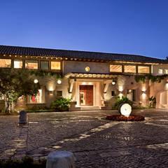 Closets  por Artigas Arquitectos Mx