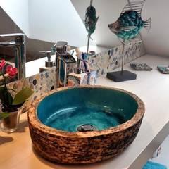 Bathroom by dekornia, Mediterranean