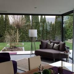 Conservatory by Metallbau Beilmann GmbH, Minimalist