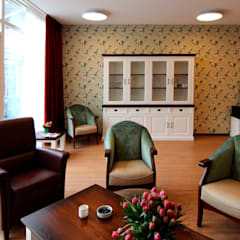 Cllective livingroom: rustieke & brocante Woonkamer door PAA  Pattynama Ahaus Architectuur