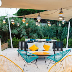 DyD Interiorismo - Chelo Alcañíz Jardines de estilo tropical