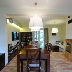 Kuchnia koło Warszawy : styl , w kategorii Jadalnia zaprojektowany przez ARTEMA  PRACOWANIA ARCHITEKTURY  WNĘTRZ