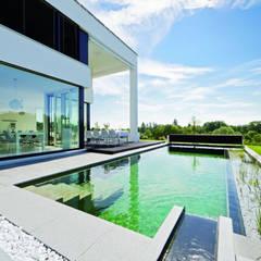 Hồ bơi trong vườn by Balena GmbH
