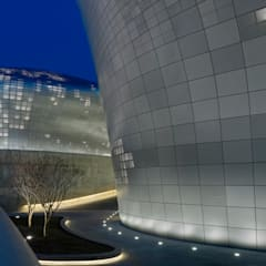 Dongdaemun Design Plaza :  Conference Centres by Zaha Hadid Architects