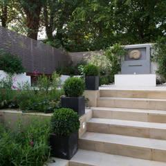 Garden by DDWH Architects