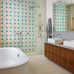 Aberdeen Park:  Bathroom by ReDesign London Ltd