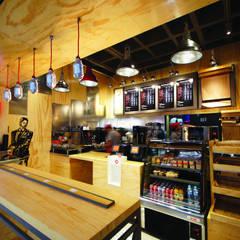 ร้านอาหาร by Metro arquitectos