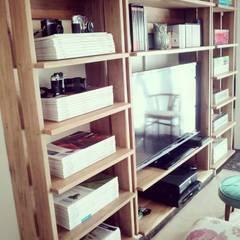 Maisons de style  par PLUMA · muebles y proyectos ·, Scandinave Bois massif Multicolore