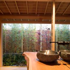 Bathroom by 一級建築士事務所 (有)BOFアーキテクツ