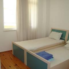 Alanya Sunlife Real Estate & Constructions – Alanya Sun Life: akdeniz tarzı tarz Yatak Odası