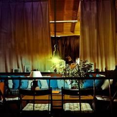 веранда база отдыха: Tерраса в . Автор – Архитектурная студия Чадо