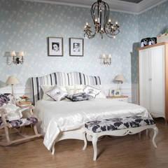 Спальня Brevio Salotti: Спальни в . Автор – Neopolis Casa