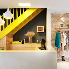 Oficinas y Tiendas de estilo  por Thaisa Camargo Arquitetura e Interiores