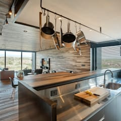 modern Kitchen by A4estudio