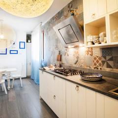 La casa dei miei sogni: Cucina in stile in stile Mediterraneo di Alessandro Corina Interior Designer