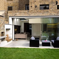 Terrace by Simon Gill Architects