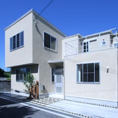Casas de estilo  por 三浦喜世建築設計事務所, Moderno