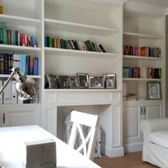 DOM POD LASEM: styl , w kategorii Domowe biuro i gabinet zaprojektowany przez Grzegorz Popiołek Projektowanie Wnętrz