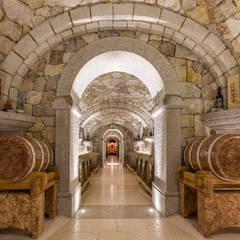 Bodegas de vino de estilo  por Quintarelli Pietre e Marmi Srl,