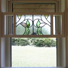 - French Country Style・フレンチカントリースタイル No.02 -: 株式会社アートカフェが手掛けた窓です。,カントリー